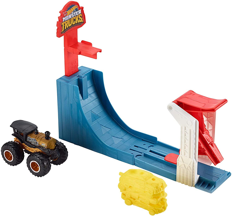 Hot Wheels GCG00 – Monster Trucks Mega Sprung Blaster Spielzeugauto Spielset mit einem 1:64 Die-Cast Truck, Spielzeug ab 3 Jahren